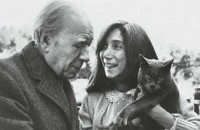 خورخه لوئیس بورخس و همسرش ماریا کوداما